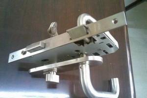 五金知识:防火门锁与普通门锁有什么区别